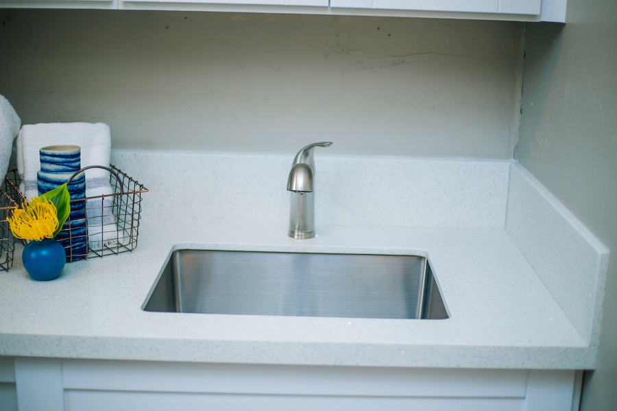 Ezra Lane Landry Room Sink