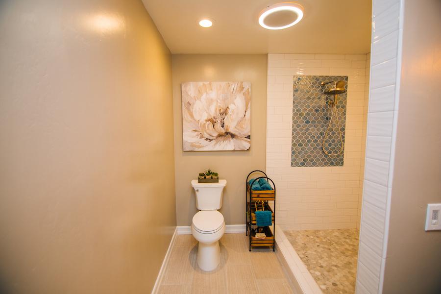 Ezra Lane Master Bathroom 02