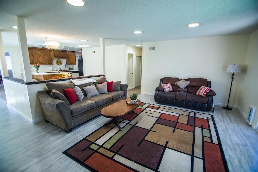 10335 Thanksgiving Ln Living Room 01