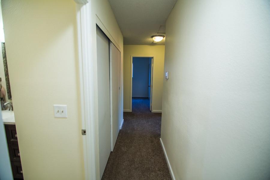 10335 Thanksgiving Ln Hallway 01